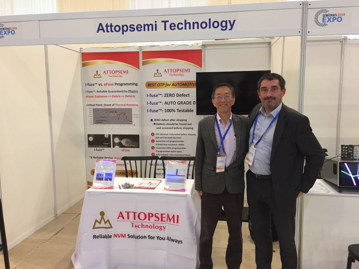 booth picture-Attopsemi